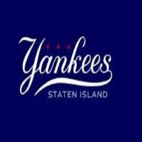 "Photo Reads ""Yankees Staten Island"""